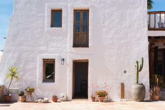 Authentic finca Cici for rent!