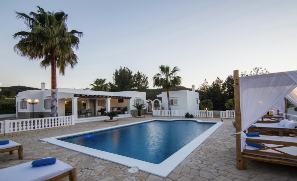 Family villa Canra for rent!
